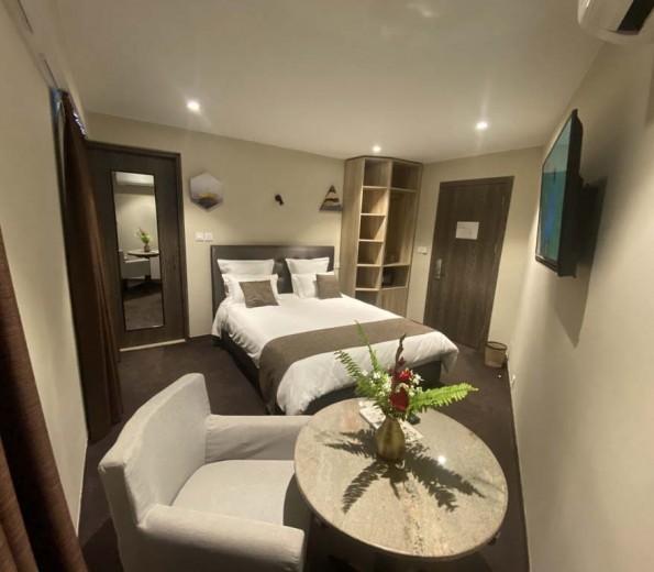 FLY INN MADAGACAR HOTEL